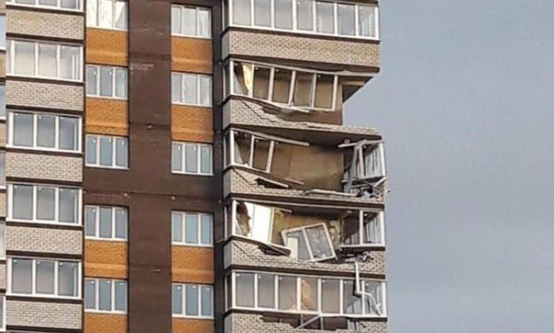 В Обнинске ураган сдул несколько балконов новой многоэтажки