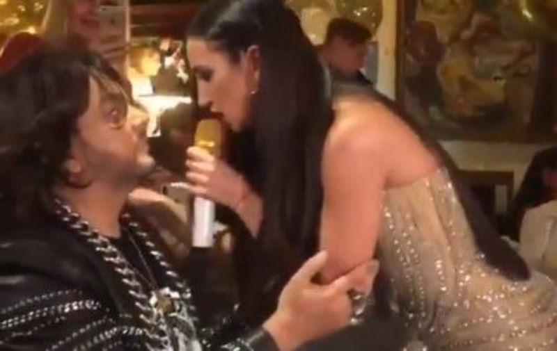Ольга Бузова спела на коленях Киркорова в платье за 5 миллионов