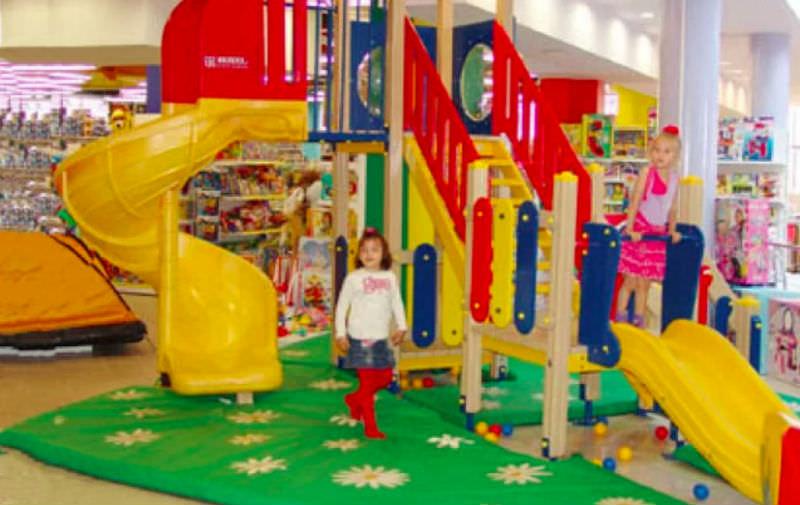 Торговым центрам запретят кинотеатры и детские зоны на верхних этажах