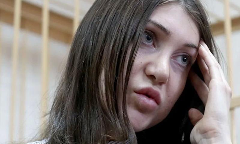 Пожизненно лишенную прав Марию Багдасарян вновь задержали за рулем Mersedes