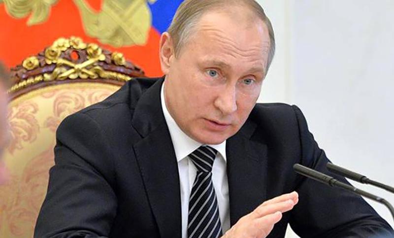 Путин снял с должностей  11 генералов МВД,  ФСИН, МЧС и СК