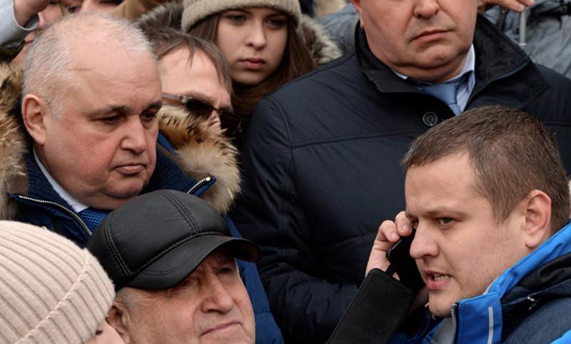 Потерявший всю семью при  пожаре Востриков простил  Цивилеву слова о пиаре