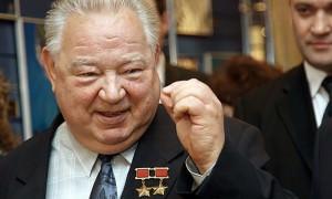 Календарь: 25 мая - День легендарного космонавта и популярного телеведущего Георгия Гречко