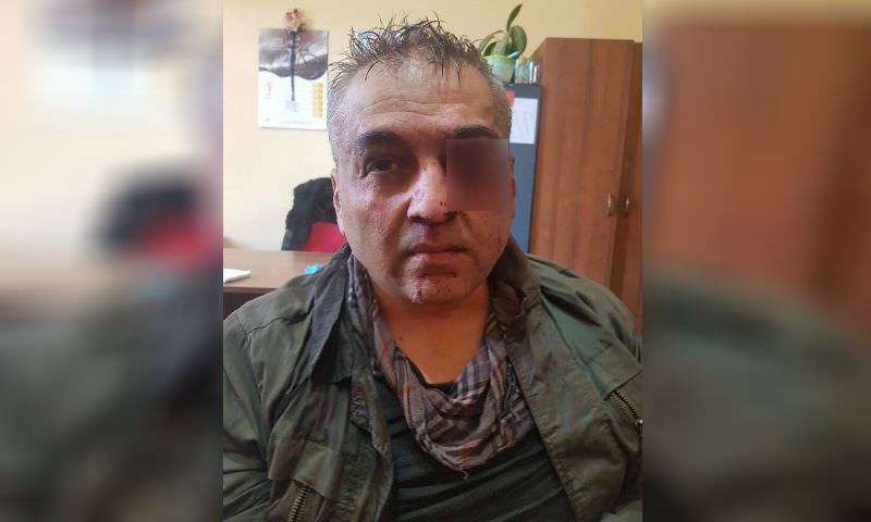 Полицейский с гранатой ограбил банк в Ереване