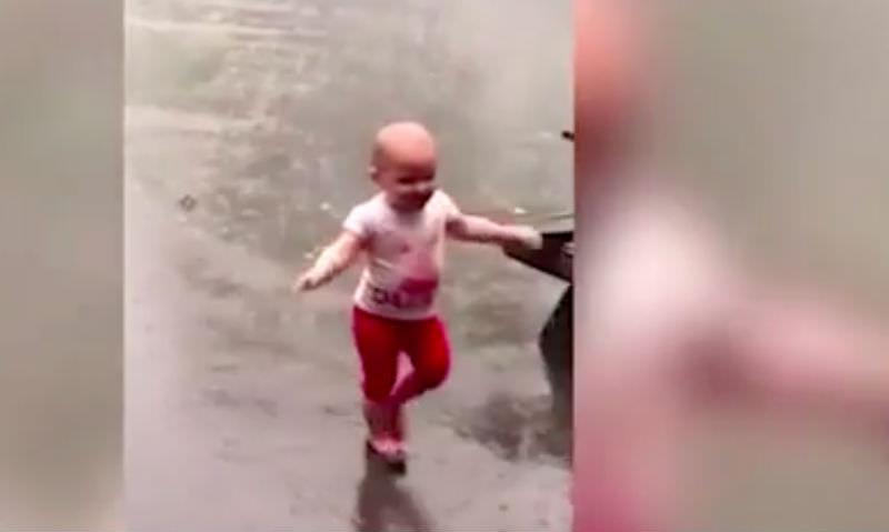 Так вот ты какой, мой первый дождь!