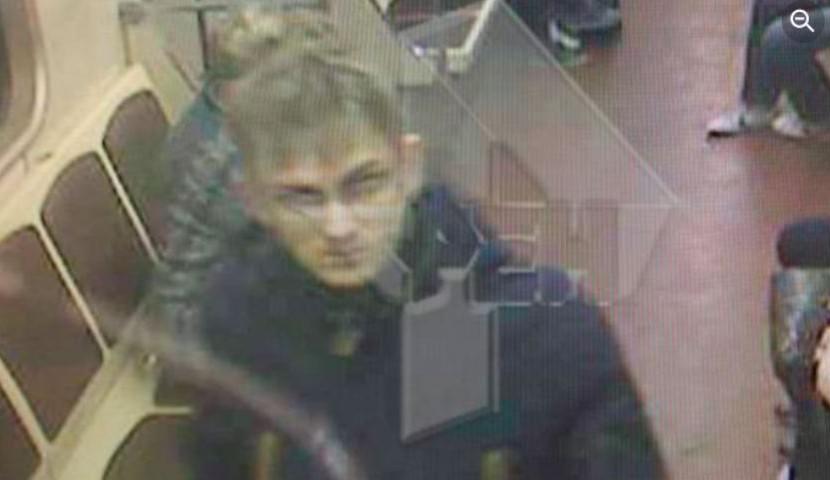 В московском метро объявился секс-террорист