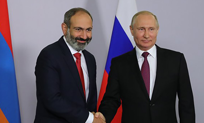 РФ будет активно работать с Арменией на международной арене, заявил Путин
