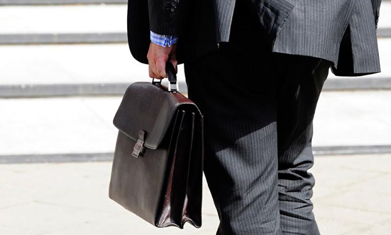 Законопроект о снижение депутатской зарплаты до средней по стране внесен в Госдуму