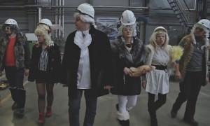 Сибирские рабочие сняли клип-пародию на рэпера Фараона