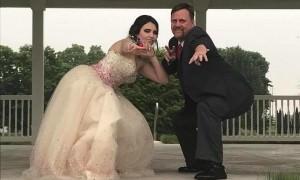 Отец, потерявший сына, счёл своим долгом проводить его девушку на выпускной