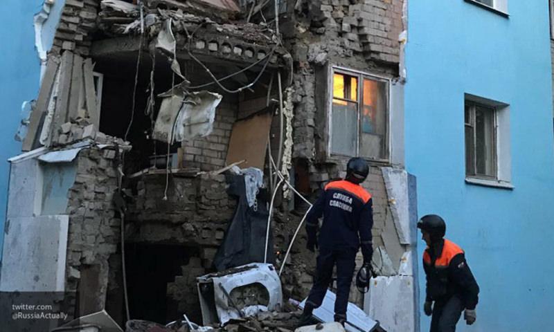 150 человек эвакуировали из саратовской пятиэтажки, где обрушилась стена