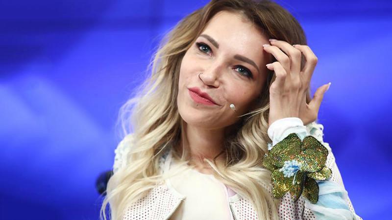 «Ее не остановить»: Самойлова снова собралась на «Евровидение»