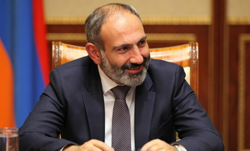 Пашинян объявил войну высшим авторитетам Армении