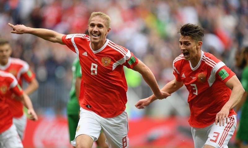 Россия разгромила Саудовскую Аравию в первом матче чемпионата мира по футболу