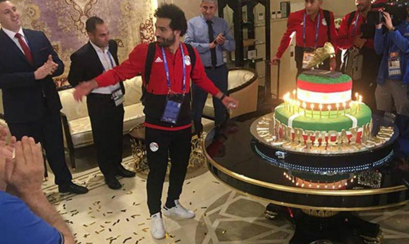 Салах получил от чеченцев торт весом 100 кг