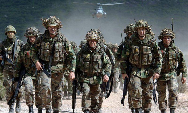 НАТО создаст резерв на случай нападения России