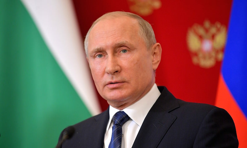 Путин утвердил закон о контрсанкциях
