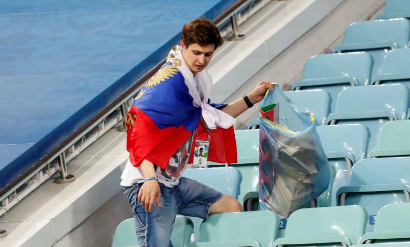 Российские болельщики убрались на трибунах в хорошем смысле