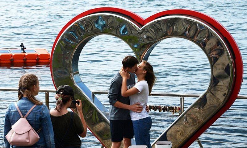 ГД отклонила законопроект о приравнивании сожительства к официальному браку
