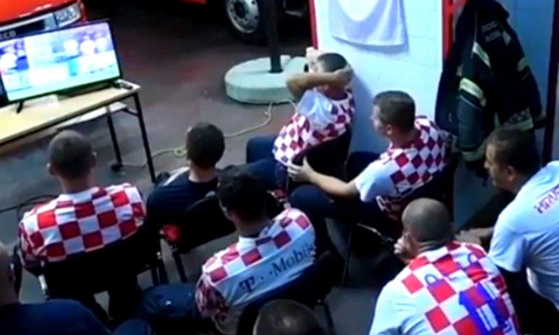 Хорватские пожарные получили вызов за минуту до конца матча с Россией