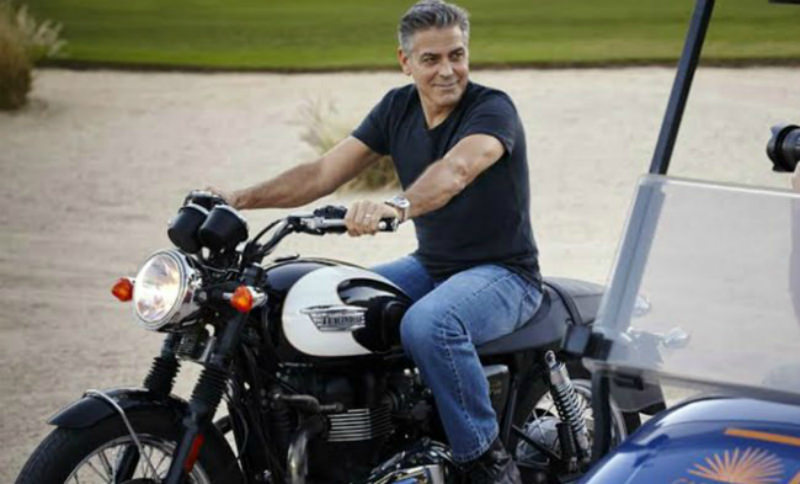 Джордж Клуни на мотоцикле попал в ДТП
