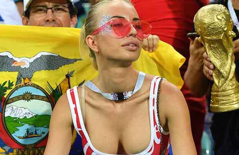 ФИФА запретила показывать красивых болельщиц в эфире