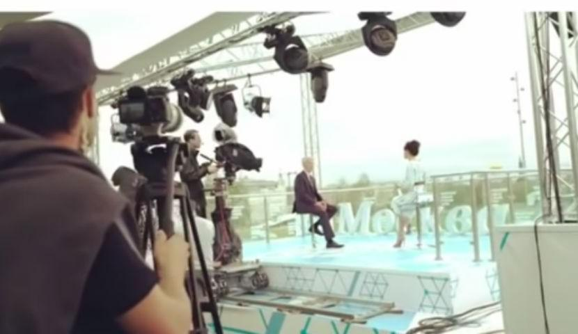 Оператор снимал интервью мэра Собянина с лапшой на ушах