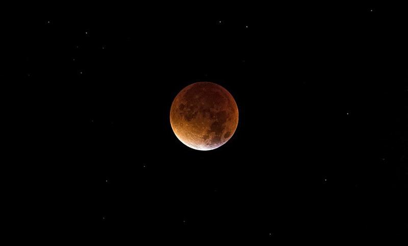 Для тех, кто пропустил лунное затмение