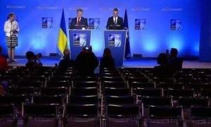 Порошенко на саммите НАТО выступил перед пустым залом