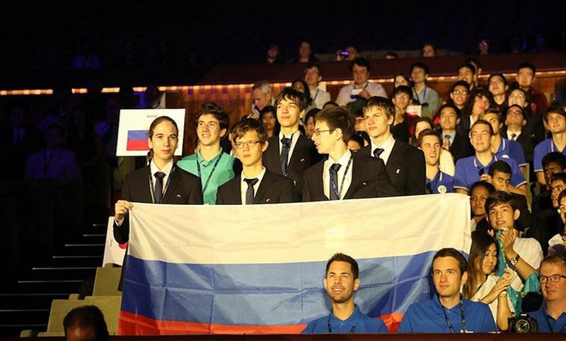 Российские школьники завоевали четыре золотые медали на международной олимпиаде по физике