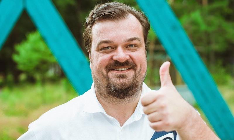 Василий Уткин сообщил, сколько заработал за комментирование одного матча ЧМ