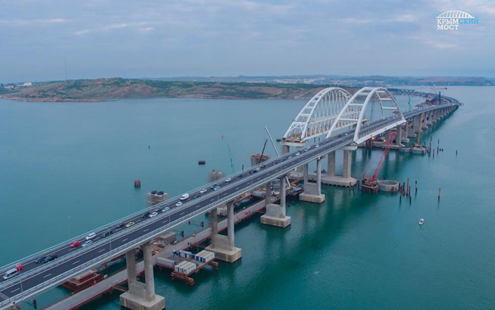 В Верховной раде попросили помощи у высших сил для разрушения Крымского моста