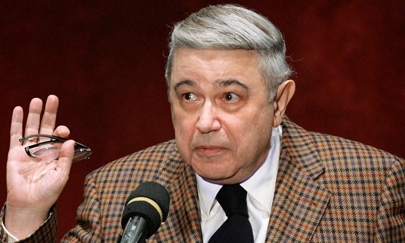 «72 года, а туда же! Тьфу!»: Петросян бросил Степаненко ради 29-летней «чистой любви»