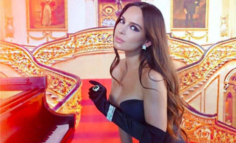 Знаменитую пианистку обвинили в чрезмерной сексуальности