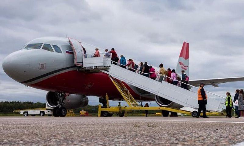 Авиакомпании обяжут платить пассажирам за овербукинг