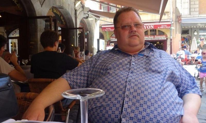 Саратовского чиновника задержали за крупную взятку