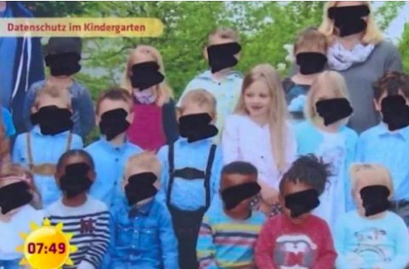 Безумный мир в детсадах: немецкие воспитатели замазывают лица малышей