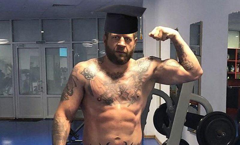 Емельяненко подал документы в чеченский вуз