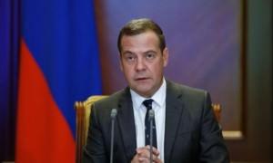 Медведев удивился большому количеству своих заместителей