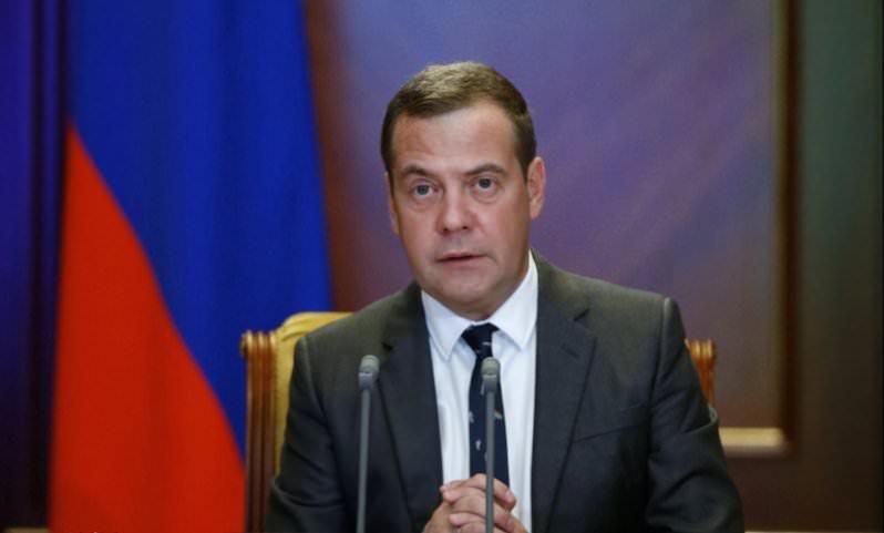 «Какая катастрофа?»: Медведев успокоил, что газопровод построят, несмотря на санкции