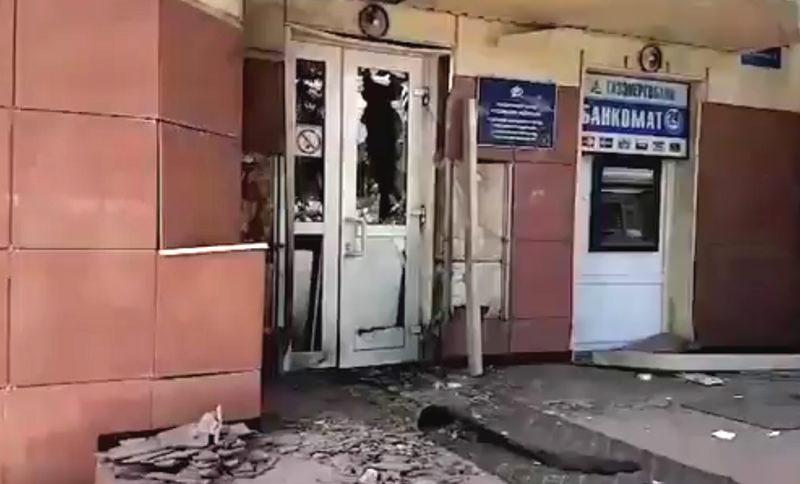 Взрыв у дверей  Пенсионного фонда прогремел в Калуге