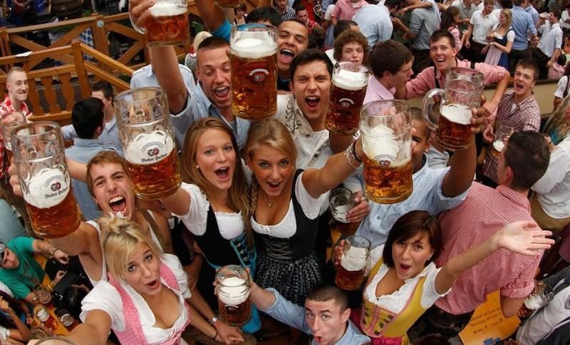 Самыми пьющими в мире оказались не россияне