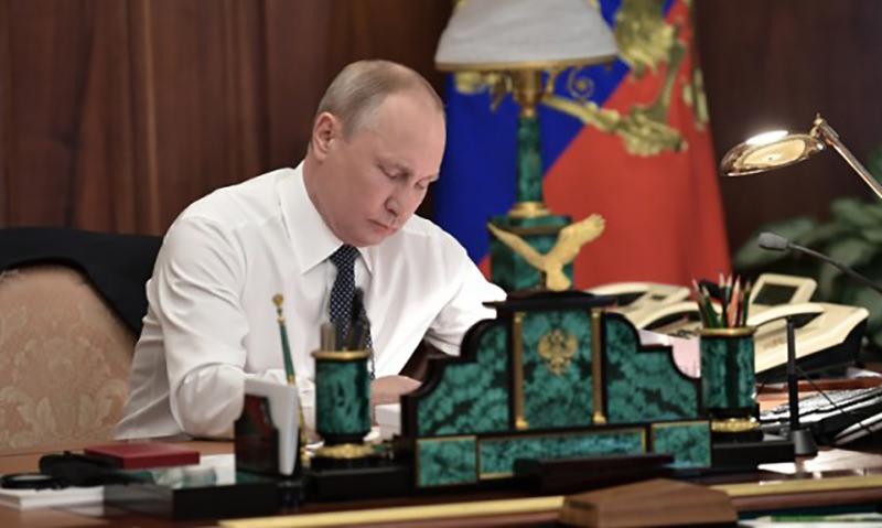 Путин подписал закон об увеличении рекламы на ТВ до 20% в час