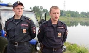 Двое полицейских спасли тонущего рыбака в Железногорске