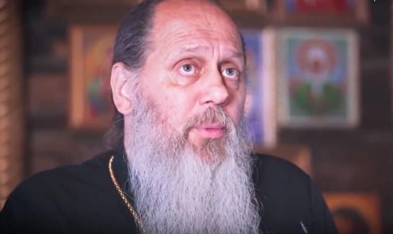 Протоиерея из Татарстана запретили в служении за проповеди о нижнем белье и порно