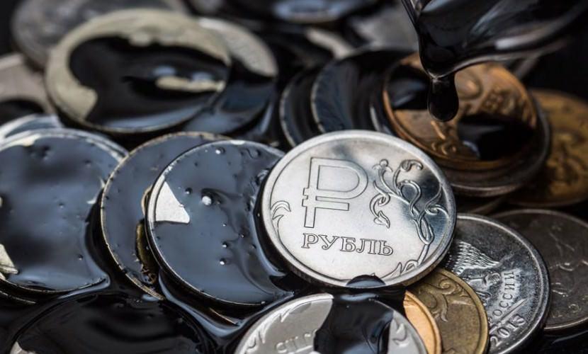 Россия смогла отвязать рубль от нефти