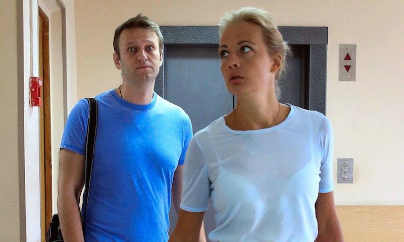«Вор и трус, наглый бандит»: жена Навального ответила главе Росгвардии
