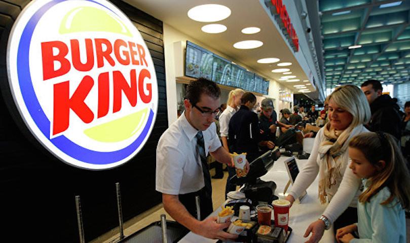 Burger King обвинили в непристойности