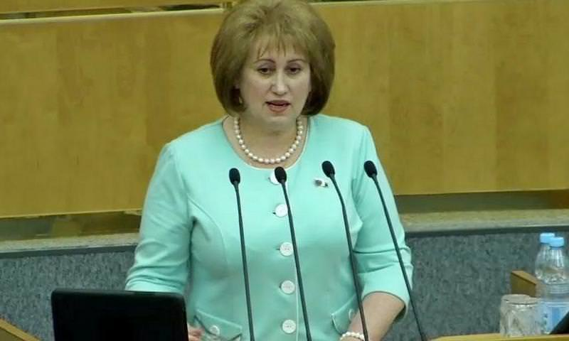 Депутат Госдумы пожаловалась на низкую зарплату в 380 тысяч рублей