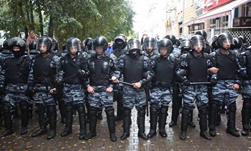 Волнения в Ингушетии: перекрыт въезд в столицу, отключен интернет